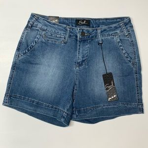 Earl Jean 'Free to Be' Denim Shorts size 6 NWT
